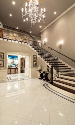 Luxury-Staircase-Extremely-Luxury-Entry-Hall-Designs-With-Stairs-1[1]
